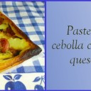 Pastel salado de cebolla y queso al romero